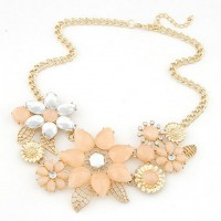 Fashion Sweet Resin Rhinestone Flower Pendant Necklace For Women pink white
