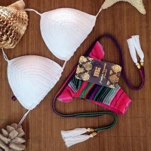 Stylish Halter Sleeveless Spliced Knitted Bikini Set For Women pink white