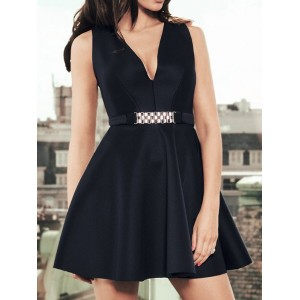 Sexy Women's V-Neck Sleeveless Ruffled Dress black white