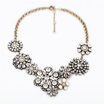 Unique Diamante Flowers Pendant Necklace For Women