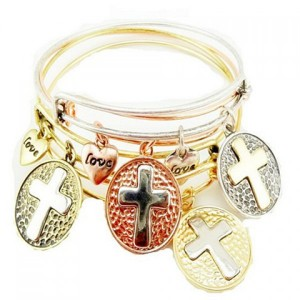 ONE PIECE Retro Heart Cross Pattern Bracelet For Women