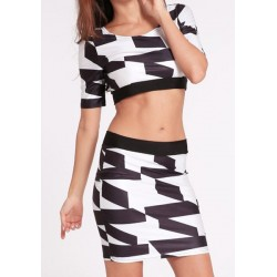 Print Splicing Backless Sexy Scoop Collar Crop Top and Packet Buttock Skirt Women's Twinset black white