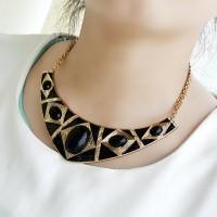 Retro Style Gemstone Embellished Ellipse Shape Necklace For Women black