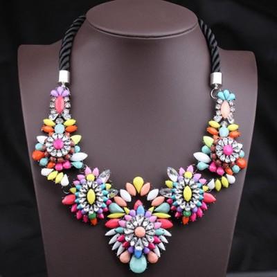 Unique Colorful Gemstone Flower Pendants Women's Fashion Rope Necklace Colorful Black