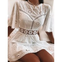 Elegant White Floral Embroidery Cotton Dress Women Casual High Fashion Backless Short Mni Dresses High Waist