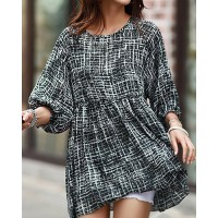 Abstract Print Trendy Style Scoop Collar 3/4 Sleeve Women's T-Shirt black white