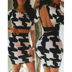 Scoop Neck Print Backless Short T-Shirt and Skirt Stylish Suit For Women black white