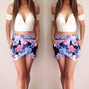 Sexy Sweetheart Neck Short Sleeve Crop Top + Floral Print Skirt Twinset For Women