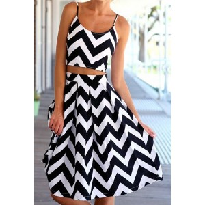 Stylish Spaghetti Strap Tank Top + High-Waisted Wave Print Skirt Twinset For Women black white