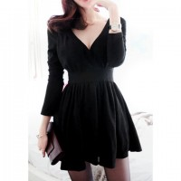 Vintage V-Neck Long Sleeve Women's Black Pleated Dress black