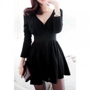 Vintage V-Neck Long Sleeve Women's Black Pleated Dress black