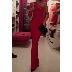 Alluring One-Shoulder Long Sleeve Solid Color Furcal Dress For Women red
