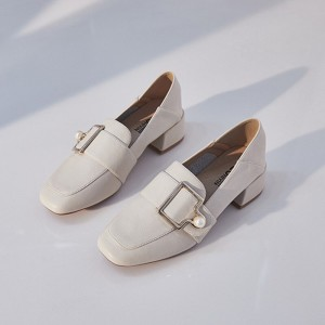 Elegant Women Pumps Metal Buckle Loafers Fashion Pearl Ladies Shoes Comfortable PU Slip-on Mid Heel Women Office Shoes