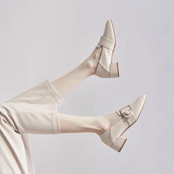 Elegant Women Pumps Metal Buckle Loafers Fashion Pearl Ladies Shoes Comfortable PU Slip-on Mid Heel Women Office Shoes