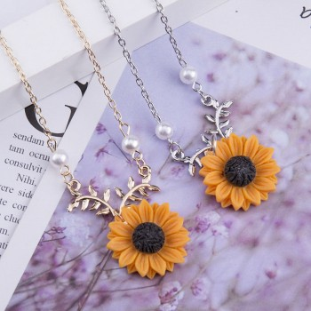 Delicate Sunflower Pendant Necklace For Women Creative Imitation Pearls Jewelry Necklace
