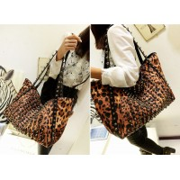 Punk Style Women's Shoulder Bag With Leopard Print and Rivets Design