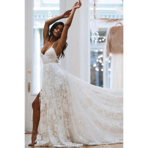 A-line Spaghetti Straps Lace Wedding Dress