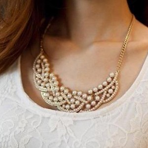 Chic Faux Pearl Embellished Fake Collar Necklace For Women