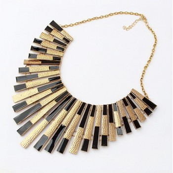 Fashionable Various Colored Glazed Rectangle Pendant Alloy Necklace For Women