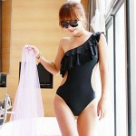 One Shoulder Ruffle One-Piece Swimwear