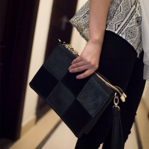 Fashion Women's Clutch With Splice and Zipper Design