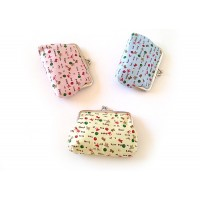 Cute Women's Coin Purse With Letter Print and Kiss-Lock Closure Design