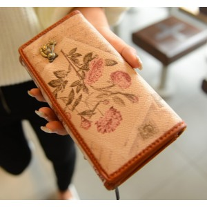 Vintage Style Women's Wallet With Bear and Print Design