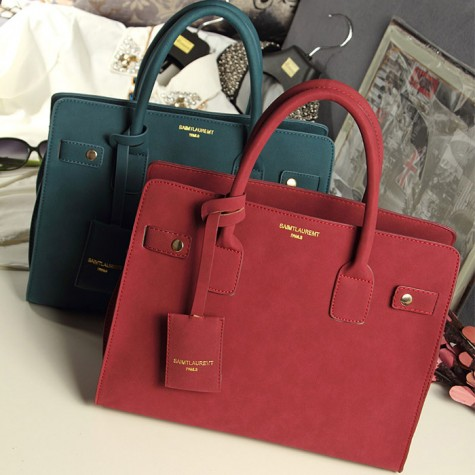 Elegant Women S Tote Bag With Solid Color Pendant And Pleated Design Black Red