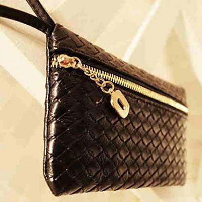Women's Weaved Clutch Bag